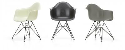 Vitra - Eames Fiberglass Armchair DAR - Charles & Ray Emes, 1950